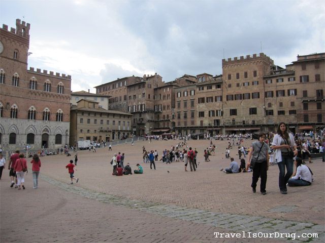Italy:  Lazy Afternoon in Siena